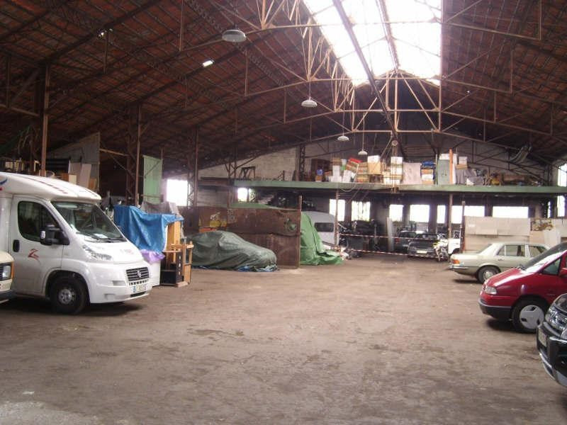 Sale building Angouleme 294 000€ - Picture 1