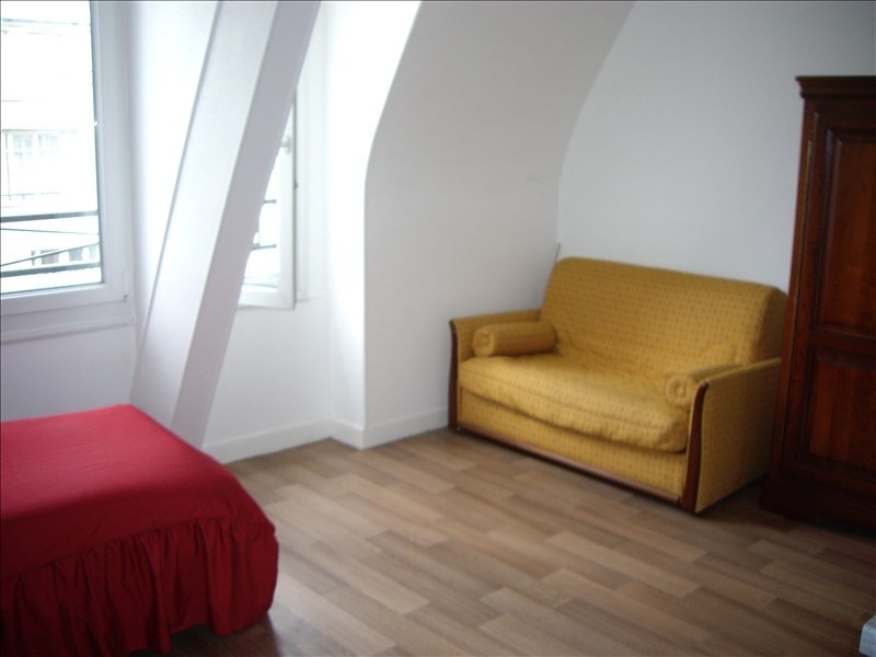 Location appartement Paris 17ème 850€ CC - Photo 3