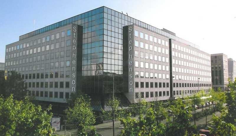 location bureau montigny le bretonneux yvelines 78 2779 m r f rence n 13645. Black Bedroom Furniture Sets. Home Design Ideas