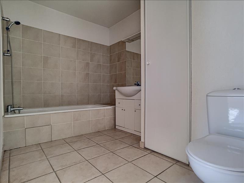 Rental apartment Le cannet 660€ CC - Picture 4