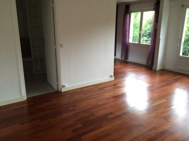 Location appartement Villennes sur seine 841€ CC - Photo 4
