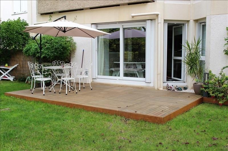 Sale apartment Chatou 375000€ - Picture 2