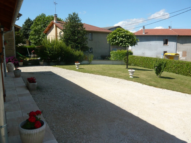 Sale house / villa Four 289 900€ - Picture 2
