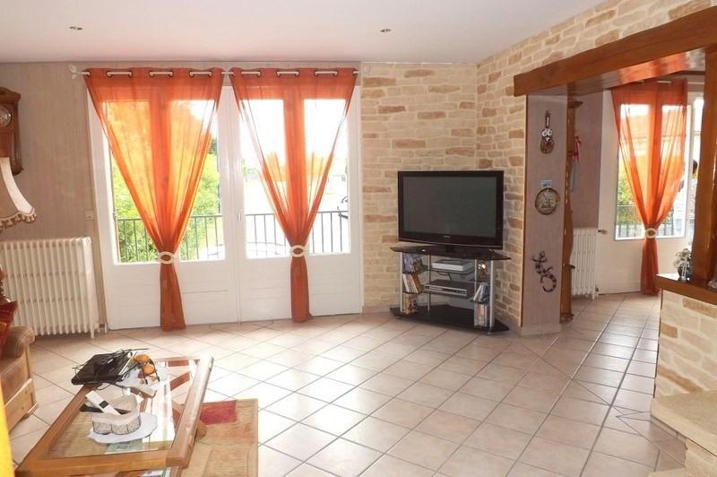 Sale house / villa La roche chalais 196000€ - Picture 4