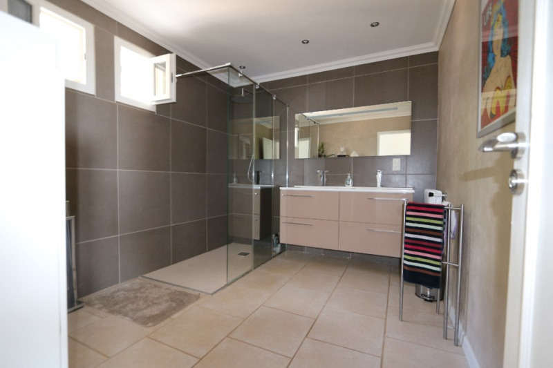 Deluxe sale house / villa Gattieres 830000€ - Picture 9