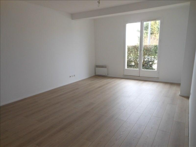Location appartement Brie comte robert 730€ CC - Photo 2