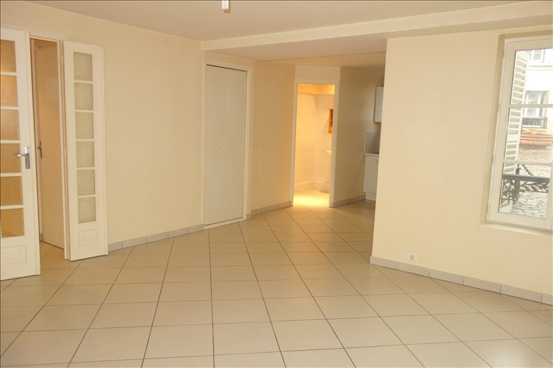 Rental apartment Viroflay 790€ CC - Picture 1