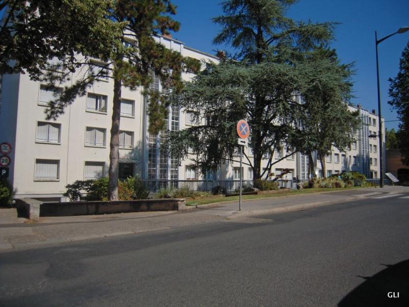 Location appartement Caluire et cuire 675€ CC - Photo 1