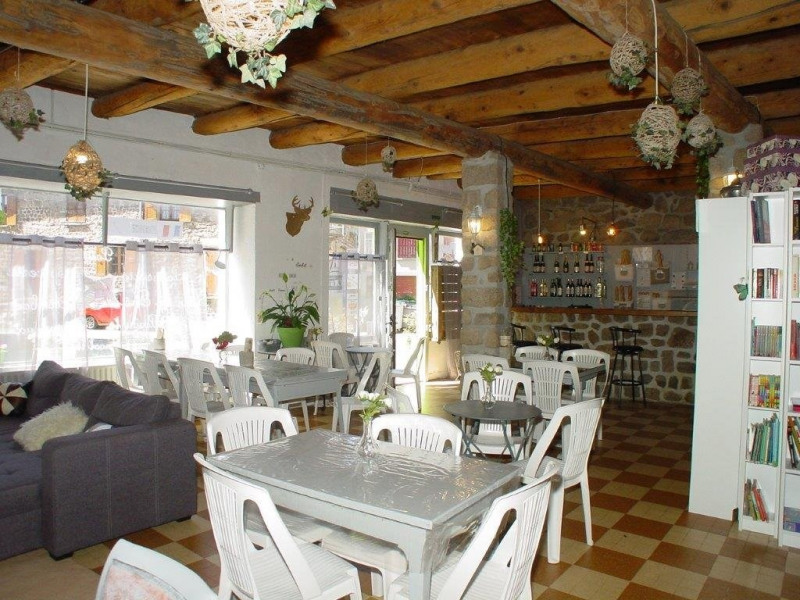 Vente local commercial St agreve 149000€ - Photo 3