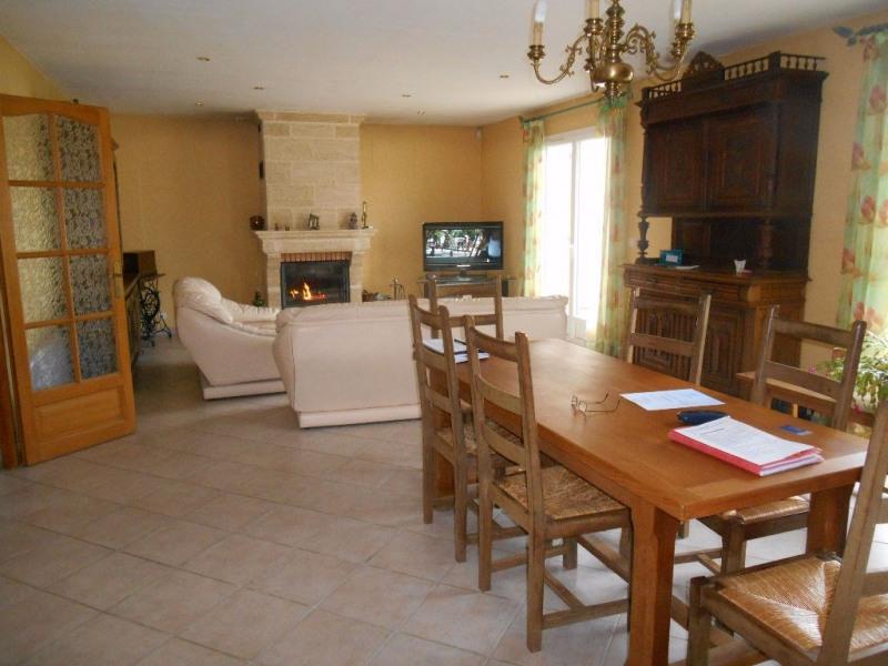 Sale house / villa Crevecoeur le grand 272000€ - Picture 3