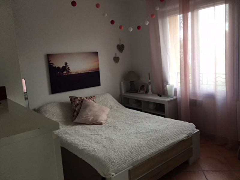 Location appartement Aix en provence 880€ CC - Photo 5