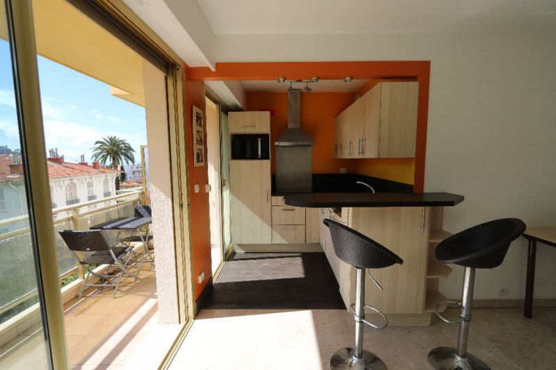 Sale apartment Nice 198 550€ - Picture 2