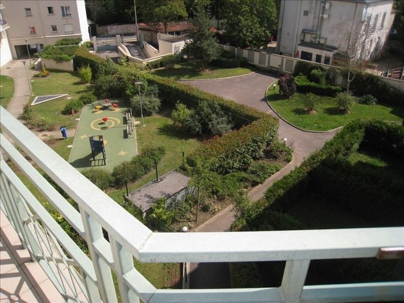 Rental apartment Verneuil sur seine 645€ CC - Picture 2