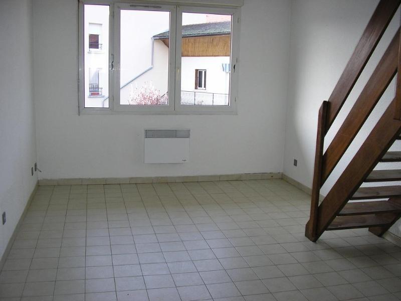 Location appartement Montreal la cluse 480€ CC - Photo 1