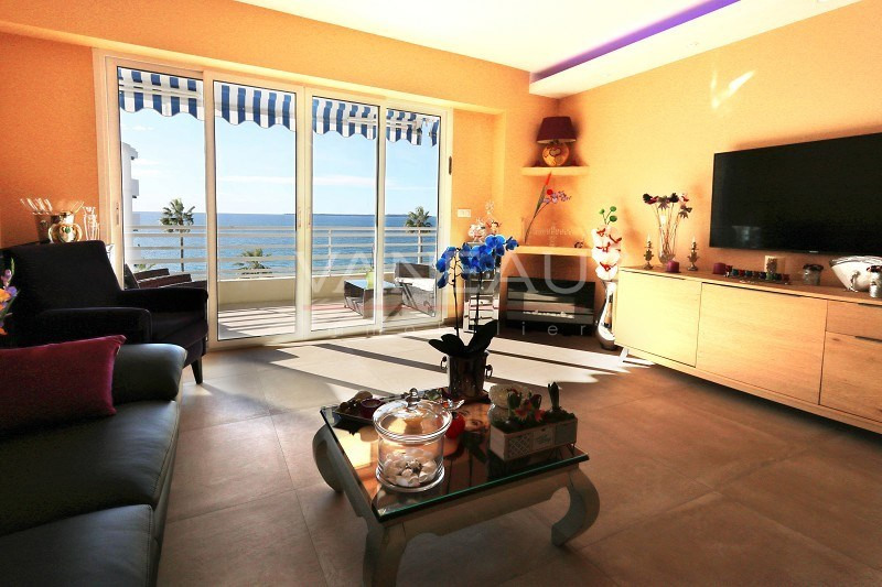 Vente de prestige appartement Juan les pins 492900€ - Photo 2