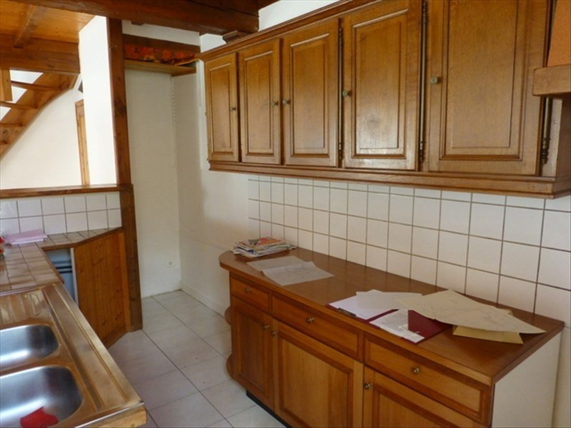 Rental house / villa St jean d angely 550€ CC - Picture 2