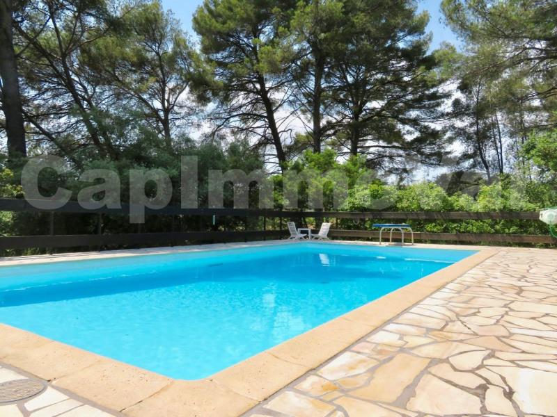 Deluxe sale house / villa Le castellet 595000€ - Picture 2