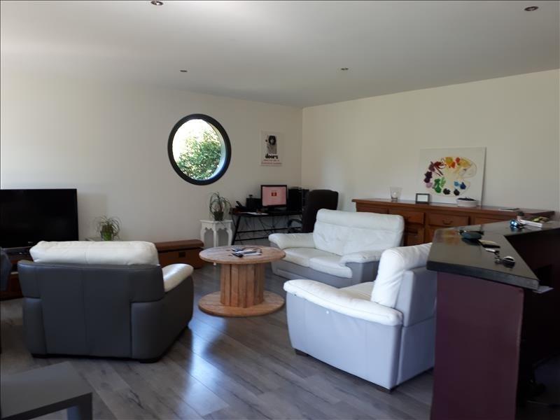 Sale house / villa La villeneuve-au-chene 229500€ - Picture 6