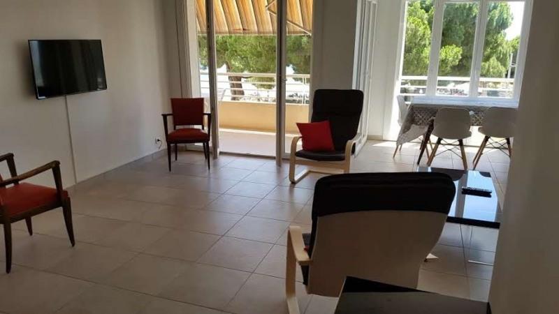Location vacances appartement Bandol 652€ - Photo 2