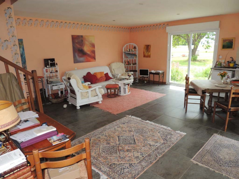 Sale apartment Le-chay 117 000€ - Picture 1