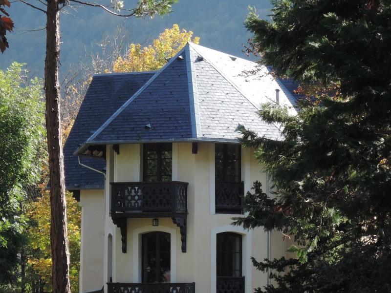 Sale house / villa Bagneres de luchon 595000€ - Picture 1