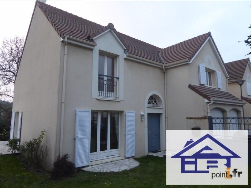 Sale house / villa Marly le roi 900000€ - Picture 1