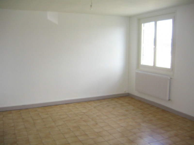 Location appartement Aubenas 598€ CC - Photo 2