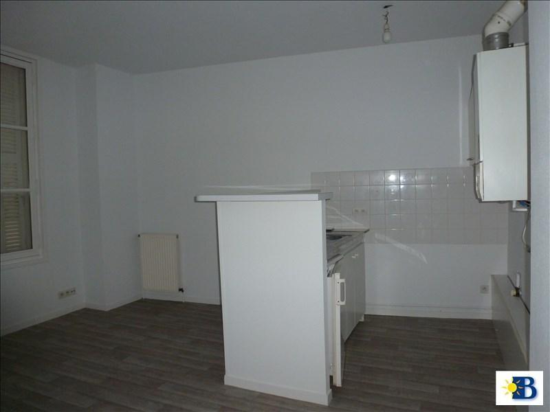 Location appartement Chatellerault 341€ CC - Photo 2