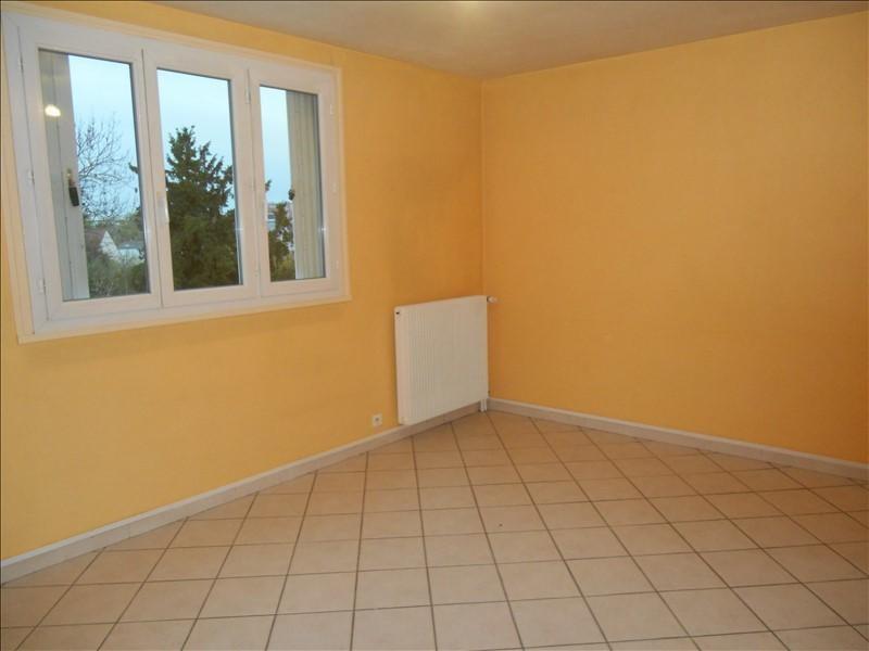 Rental apartment Saint andre les vergers 460€ CC - Picture 2