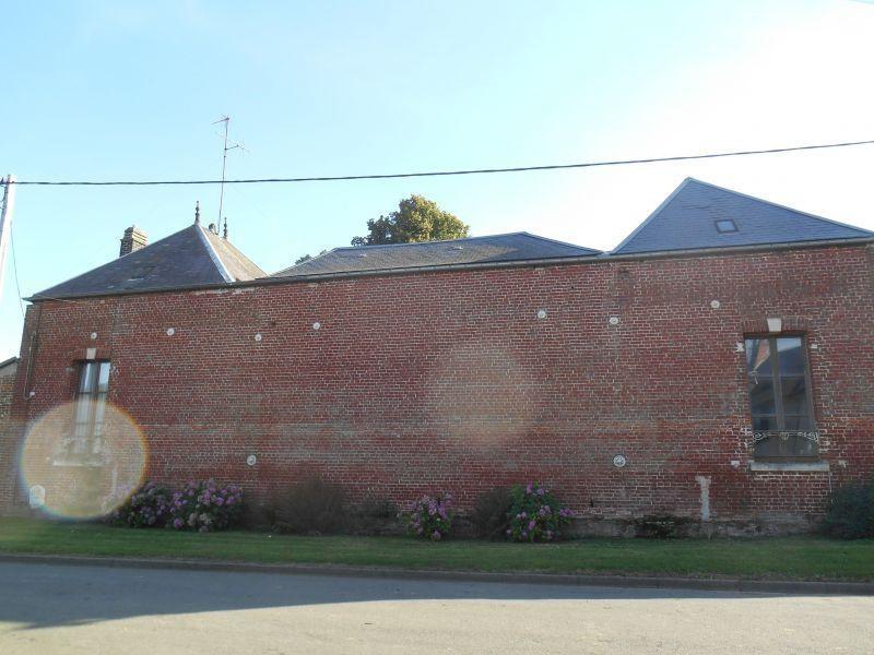 Sale house / villa Catheux 127000€ - Picture 1