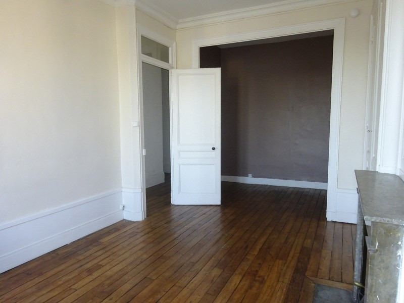 Location appartement Oullins 522€ CC - Photo 3