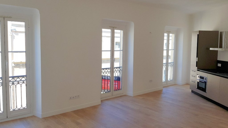 Sale apartment Nice 330000€ - Picture 3