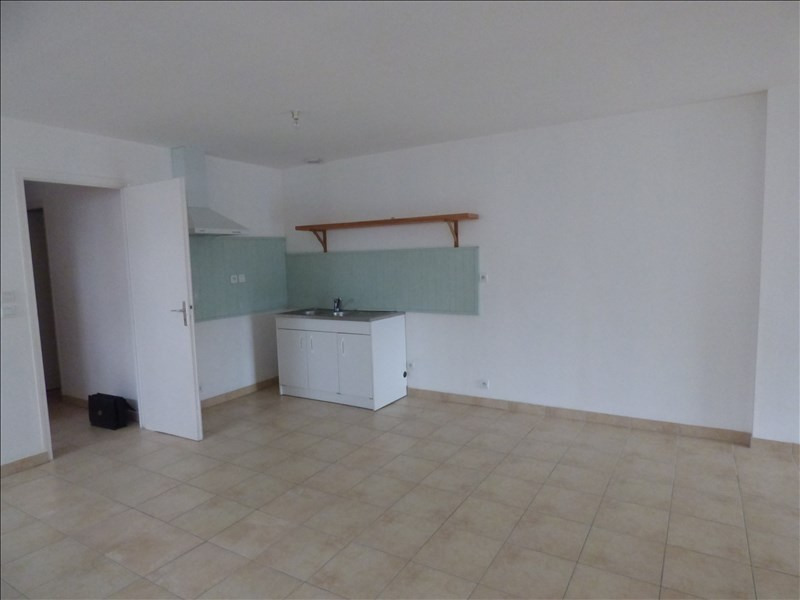 Location appartement Begard 420€ CC - Photo 2