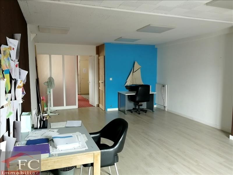 Investment property building Chateau renault 144800€ - Picture 1