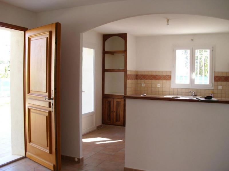 Location maison / villa Althen des paluds 967€ CC - Photo 12