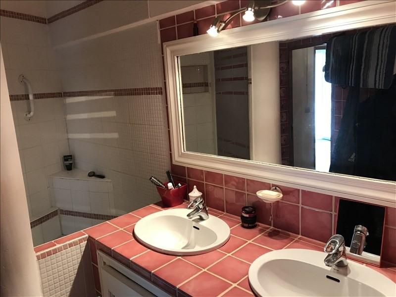 Vente maison / villa Vauvenargues 527000€ - Photo 7