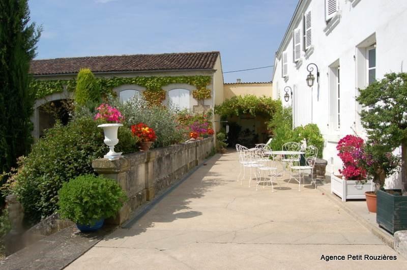 Vente maison / villa Cognac 395000€ - Photo 7