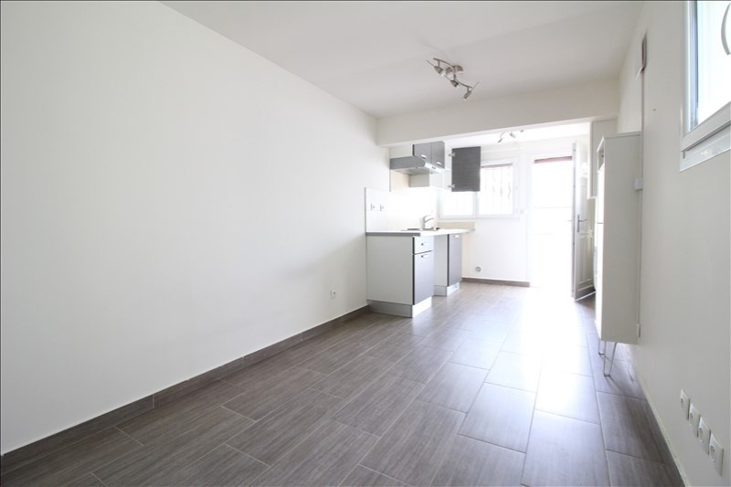Rental apartment Maisons alfort 515€ CC - Picture 2