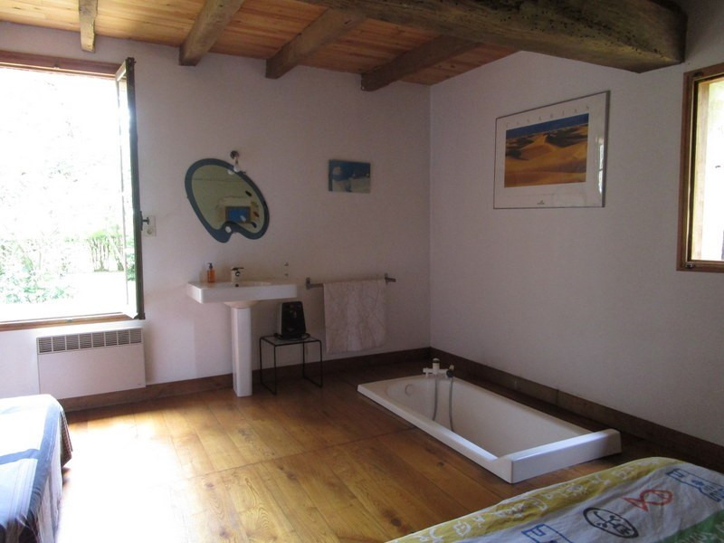 Sale house / villa Lamonzie saint martin 245000€ - Picture 6