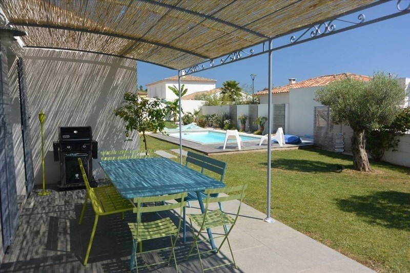 Deluxe sale house / villa Carqueiranne 815000€ - Picture 2