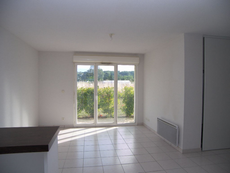 Location appartement Estillac 431€ CC - Photo 5