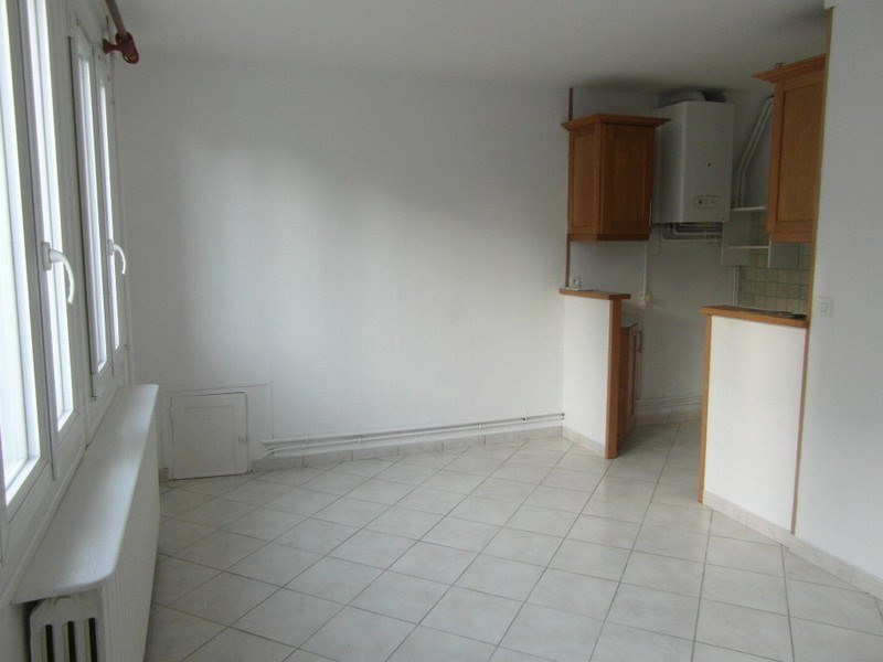 Rental house / villa Isigny sur mer 362€ CC - Picture 3