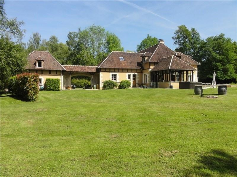 Deluxe sale house / villa Montfort l amaury 1490000€ - Picture 1