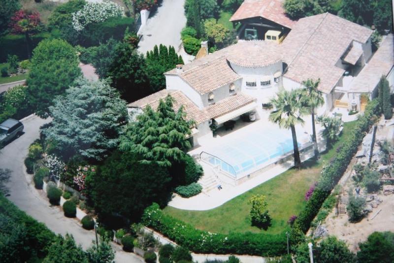 Deluxe sale house / villa Golfe juan 2990000€ - Picture 2