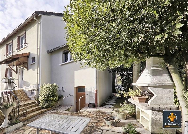 Sale house / villa Valenton 273000€ - Picture 1