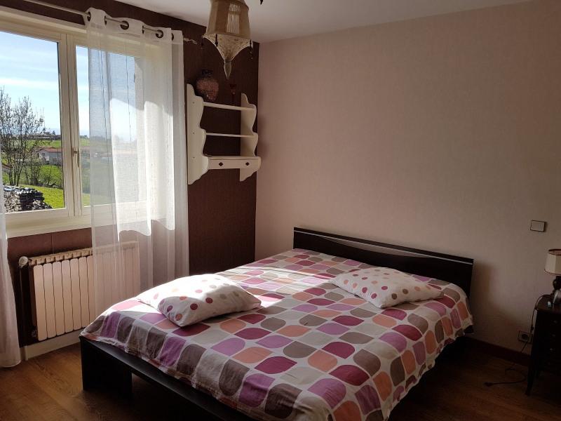 Sale house / villa Chazelles sur lyon 259000€ - Picture 5