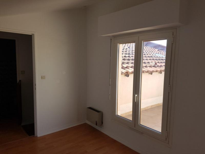 Location appartement Aix-en-provence 856€ CC - Photo 4