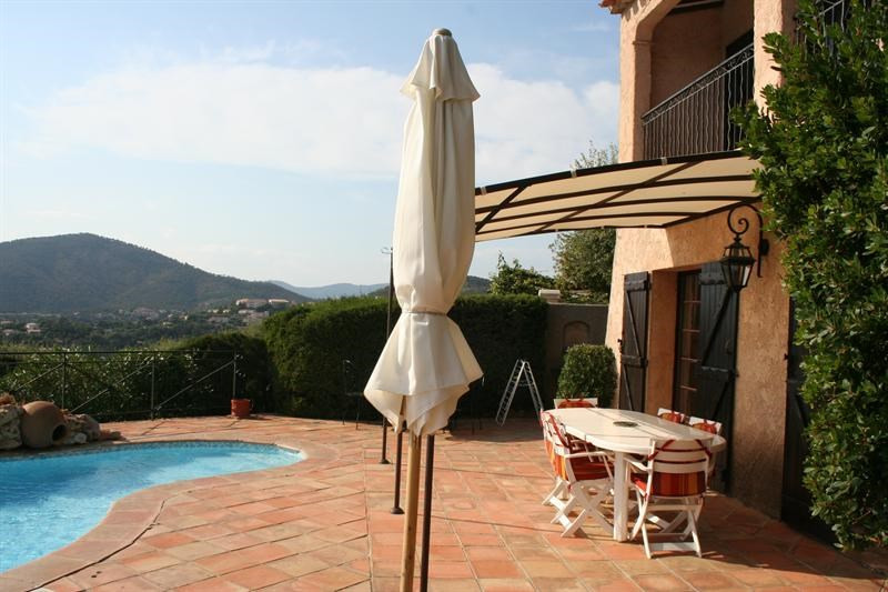 Vacation rental house / villa Les issambres 2 325€ - Picture 12