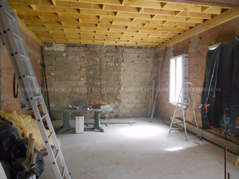 Sale house / villa Crevecoeur le grand 111000€ - Picture 2