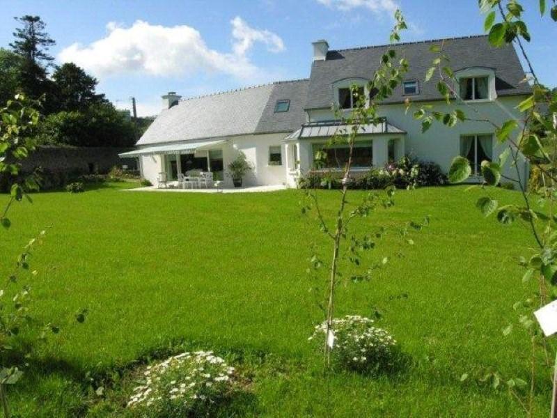 Deluxe sale house / villa Pont croix 717600€ - Picture 3